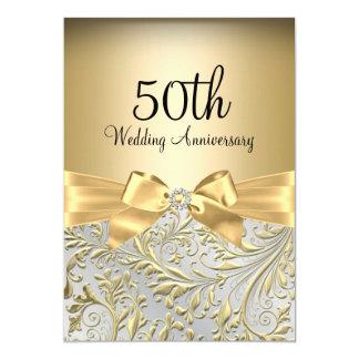 """Arco elegante del oro y aniversario floral del invitación 5"""" x 7"""""""