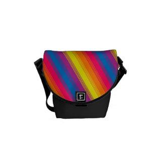 Arco iris brillante de la raya del caramelo bolsa messenger