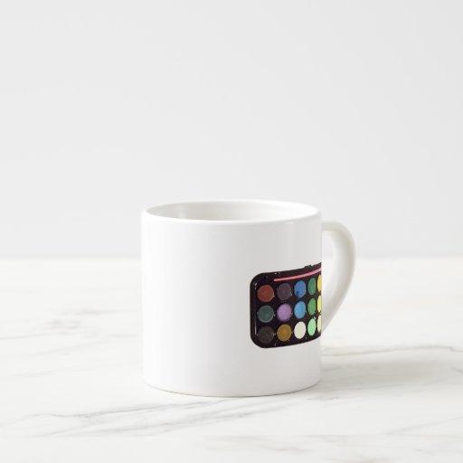 Arco iris colorido de la caja de la pintura taza de espresso