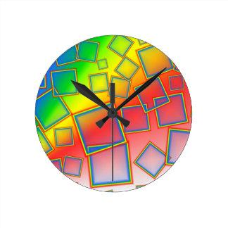 Arco iris cuadrados reloj redondo mediano