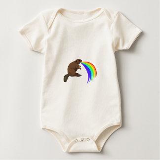 Arco iris de Barfing del castor Trajes De Bebé