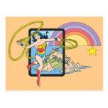 Arco iris de la Mujer Maravilla Tarjetas Postales