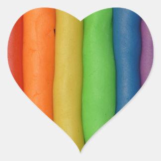 Arco iris de la pasta blanda pegatina en forma de corazón