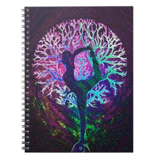 Arco iris de la paz del árbol de la yoga libretas