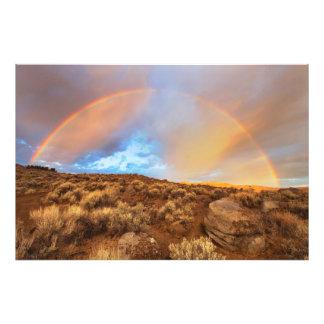 Arco iris de la salida del sol fotografías