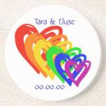 Arco iris de los corazones posavasos personalizados