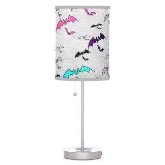 Arco iris de palos lámpara de mesilla de noche