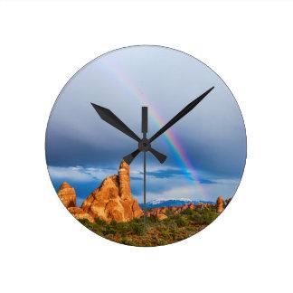 Arco iris de Utah Reloj Redondo Mediano