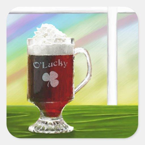 Arco iris del café irlandés - día de fiesta - colcomanias cuadradas