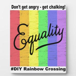 Arco iris del #DIY de la igualdad - placa de la ex