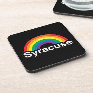 ARCO IRIS DEL ORGULLO DE SYRACUSE LGBT POSAVASOS DE BEBIDAS