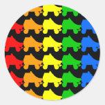 arco iris del patín de ruedas pegatina redonda