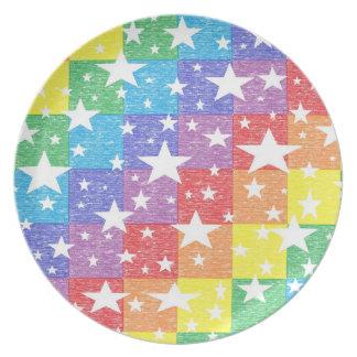 Arco iris del remiendo y placa de las estrellas plato