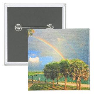 arco iris doble sobre los árboles acolchados pin cuadrada 5 cm