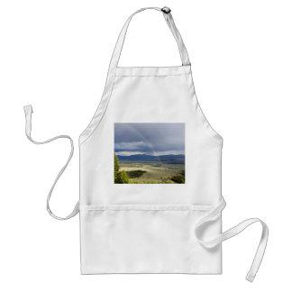 Arco iris en el parque nacional magnífico de Teton Delantal