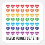 Arco iris fuerte de los corazones del pulso 49 de pegatina cuadrada