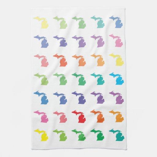 Arco iris lindo del mapa de colores del modelo de  toalla de mano