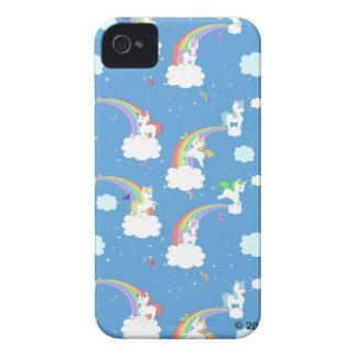 Arco iris lindos y unicornios iPhone 4 Case-Mate cárcasas