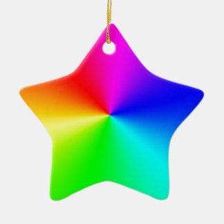 Arco iris lleno del espectro adorno navideño de cerámica en forma de estrella