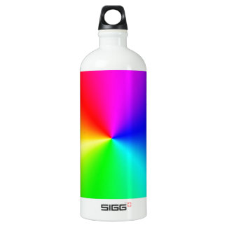 Arco iris lleno del espectro botella de agua