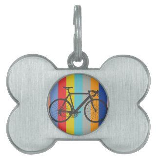 Arco iris multicolor rayado de la bici placa de nombre de mascota