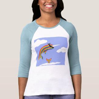 Arco iris Ninja Narwhal del vuelo Camisetas