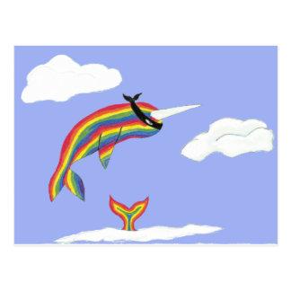 Arco iris Ninja Narwhal que vuela Postal
