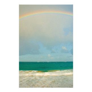Arco iris sobre el océano papeleria personalizada