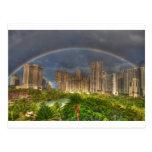 Arco iris sobre Hawaii Postales