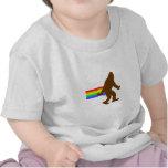 Arco iris Squatch Camiseta