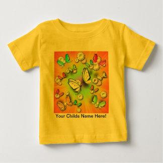 Arco iris Swallowtails y camiseta del niño de