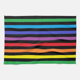 Arco iris y toalla de cocina de las rayas negras