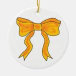 Arco lindo del amarillo anaranjado adornos