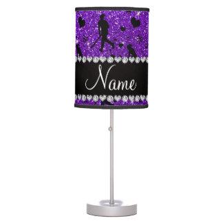 Arco púrpura de los corazones del hockey hierba lámpara de mesa