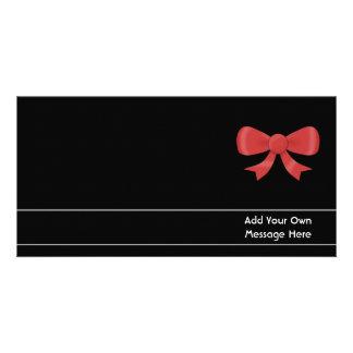 Arco rojo de la cinta. En negro. Texto blanco de e Tarjetas Personales Con Fotos