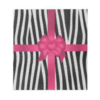 arco rosado blanco y negro de la piel femenina de  blocs de notas