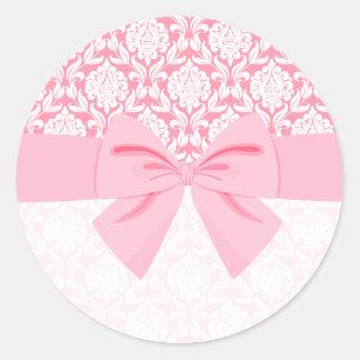 Arco rosado elegante femenino del abrigo del damas pegatinas redondas