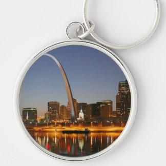 Arco St. Louis Mississippi de la entrada en la Llavero Redondo Plateado