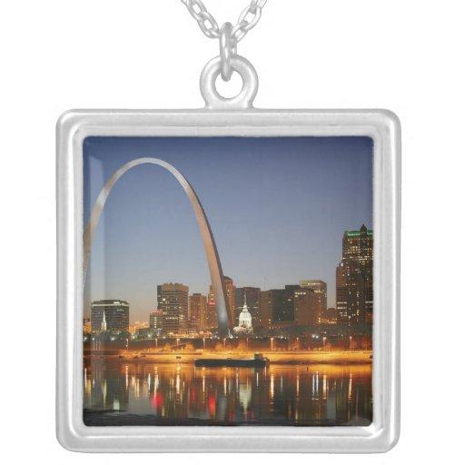 Arco St. Louis Mississippi de la entrada en la noc Pendientes Personalizados