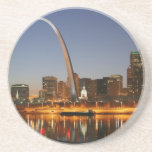 Arco St. Louis Mississippi de la entrada en la noc Posavasos Manualidades