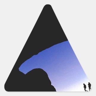 Arcos del barranco en Utah crepuscular Pegatina Triangular