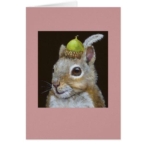 ardilla con la bellota y el gorra de la pluma en t tarjeta de felicitación