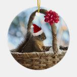 Ardilla de Santa en nieve Ornaments Para Arbol De Navidad
