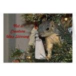 Ardilla en el árbol de navidad felicitaciones