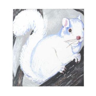 Ardilla hermosa del albino bloc de notas