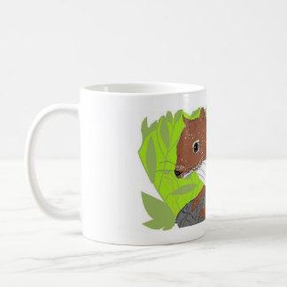 Ardilla roja taza de café