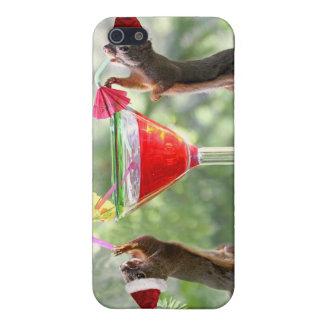 Ardillas de Santa que beben un cóctel iPhone 5 Fundas