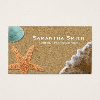 Arena de la playa y tarjeta de visita de las