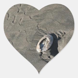 Arena esculpida y Shell Pegatina En Forma De Corazón