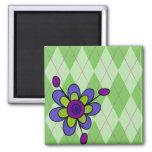 Arglye verde y flor imán cuadrado